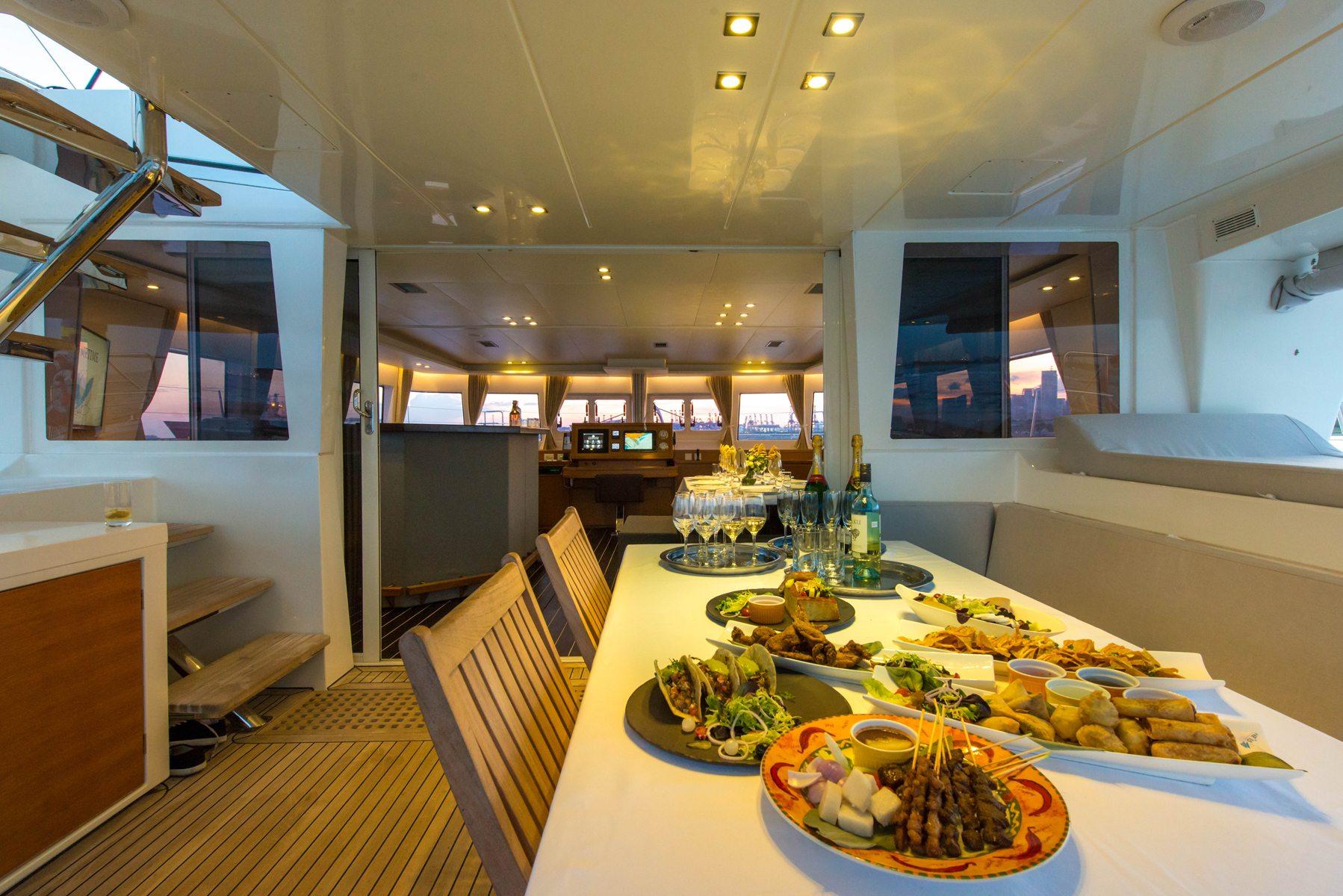 Yacht Dining Singapore | Singapore Yacht Charter
