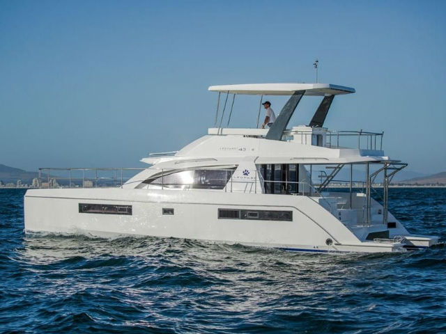 Leopard 43PC Singapore | Singapore Yacht Charter