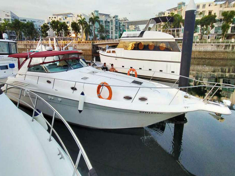Party Boat 2 Bow | Yacht Party | Singapore Yacht Charter