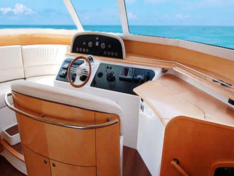 Xiao Lin Yacht Saloon | Singapore Yacht Charter