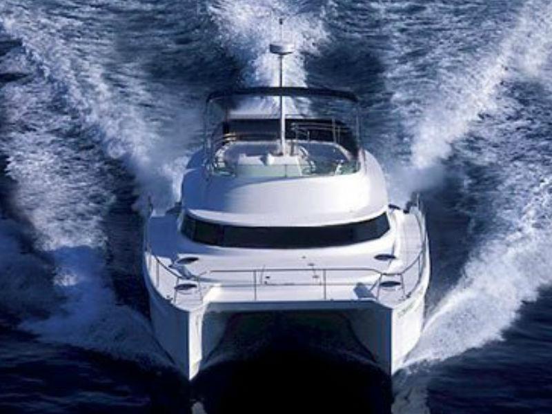 XiaoLin Yacht Cruising | Singapore Yacht Charter