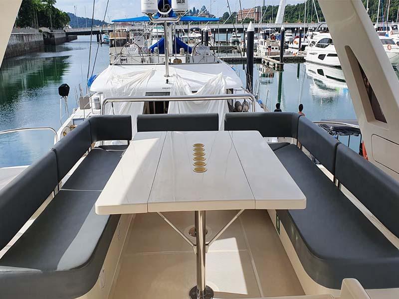 Amethyst 1 Yacht Flybridge | Singapore Yacht Charter
