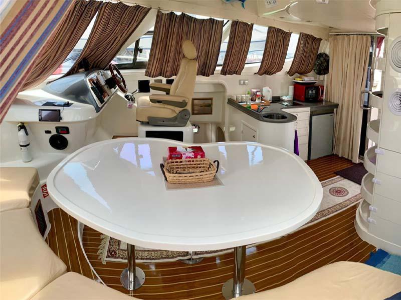 La Fortuna Yacht Saloon 2 | RSYC | Cruise to Pulau Hantu | Singapore Yacht Charter