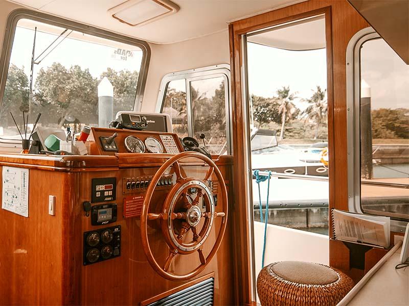Veyron Yacht Helm | Luxury Trawler | Singapore Yacht Charter