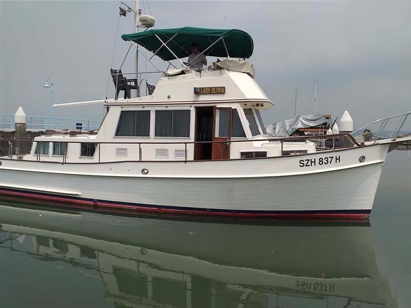 Lady Olivia Yacht | Classic Grand Banks | Singapore Yacht Charter