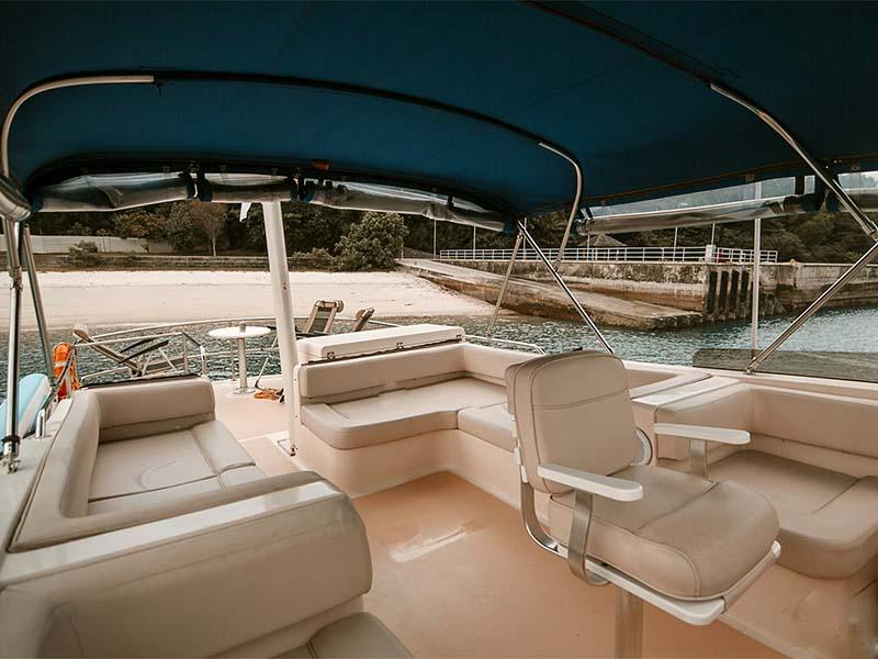 Veyron Yacht Flybridge | Luxury Trawler | Singapore Yacht Charter