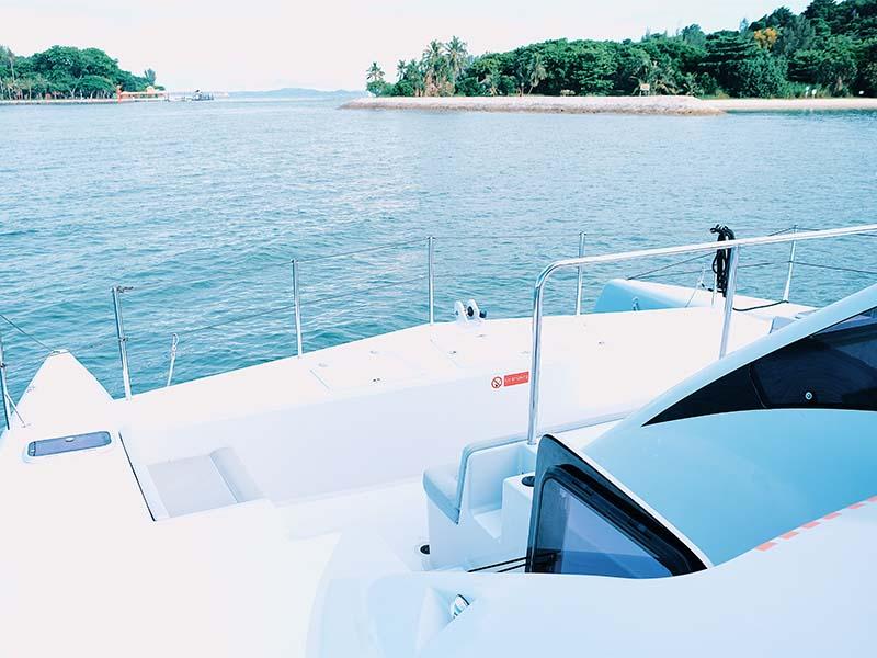 Mustang Yacht Bow | Maserati Power Catamaran | Singapore Yacht Charter