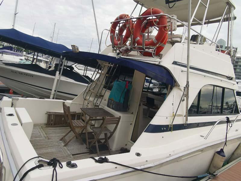 Sea Friends Yacht Aft Deck   Riviera 3300 Flybridge Cruiser   Singapore Yacht Charter