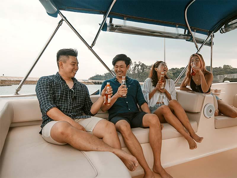 Veyron Yacht Flybridge 3 | Luxury Trawler | Singapore Yacht Charter