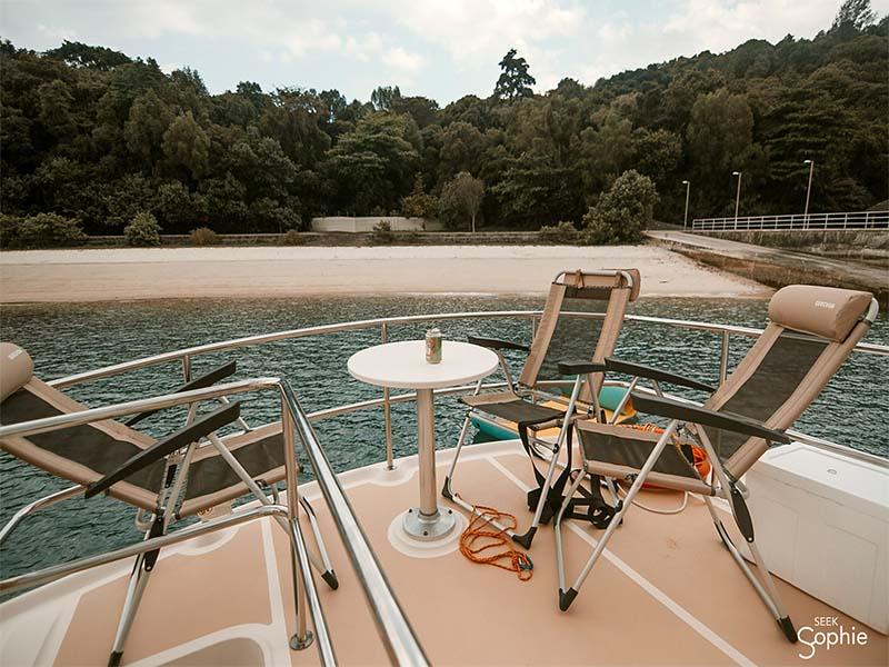 Veyron Yacht Flybridge 4 | Luxury Trawler | Singapore Yacht Charter